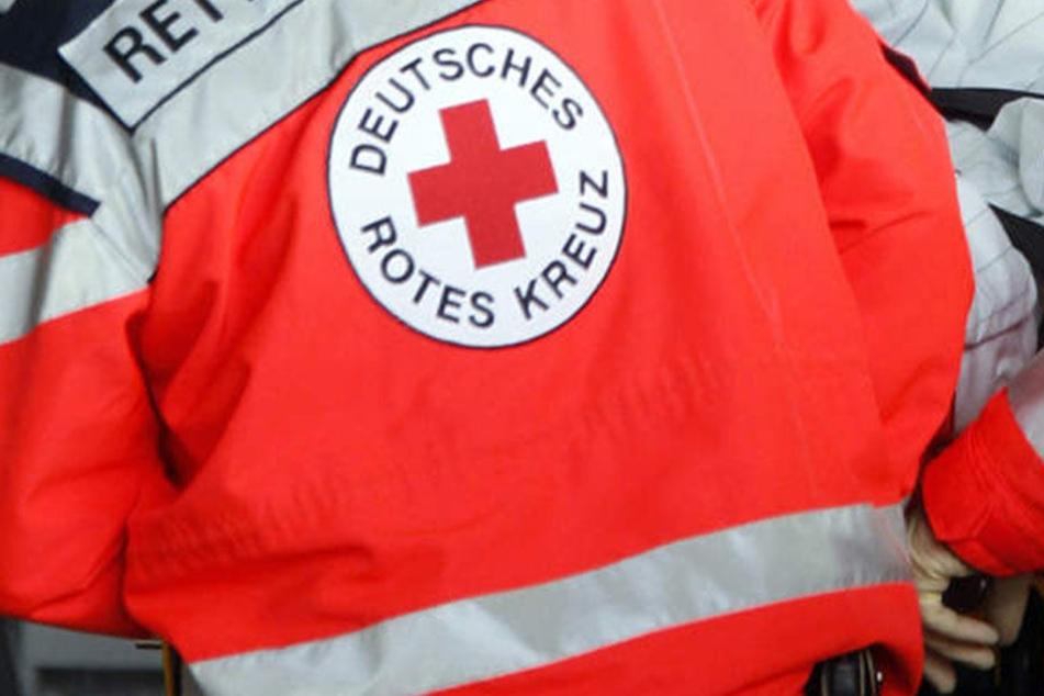 Ein Jugendlicher hat in Alt-Hohenschönhausen einen schweren Verkehrsunfall verursacht. (Symbolbild)