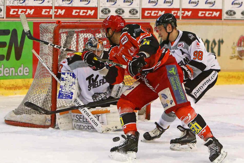 Lukas Polzivil scheitert am Tormann.