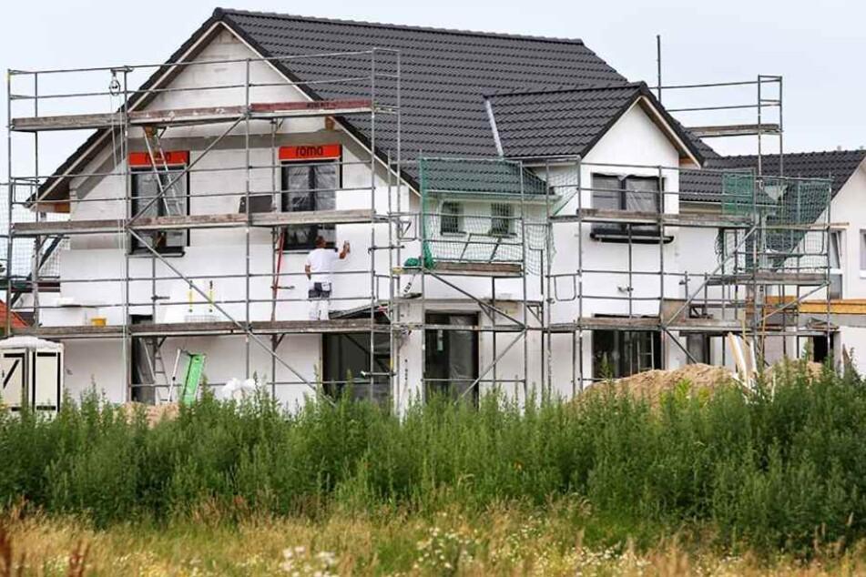 Immer weniger Neubauhäuser werden in Baden-Württemberg genehmigt. (Symbolbild)