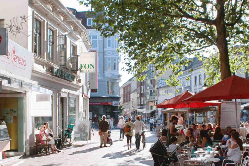 Die Ottensener Fußgängerzone wird in die Blickrichtung für 6 Monate verlängert.