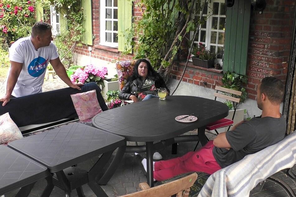 Iris Klein und ihr Mann Peter suchten das Gespräch zu Andrej Mangold (33).