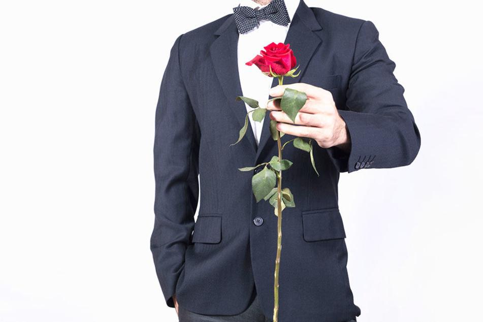 Der Bachelor 2018: Daniel Völz ist der neue Rosenkavalier!