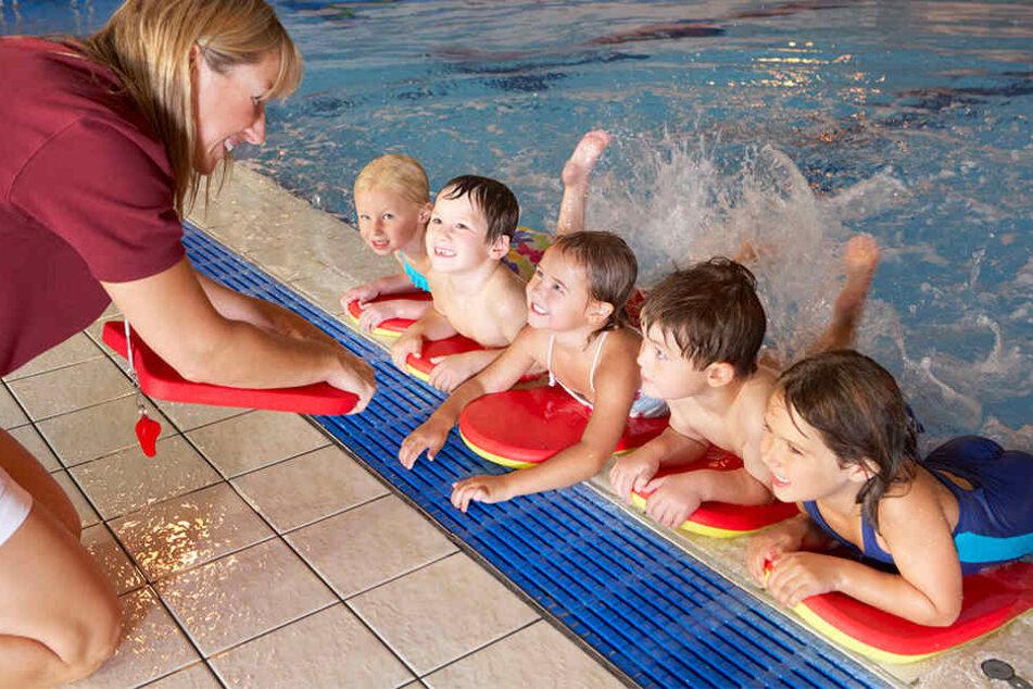 Immer weniger Kinder können richtigen Schwimmen. Was sind die Ursachen dafür?
