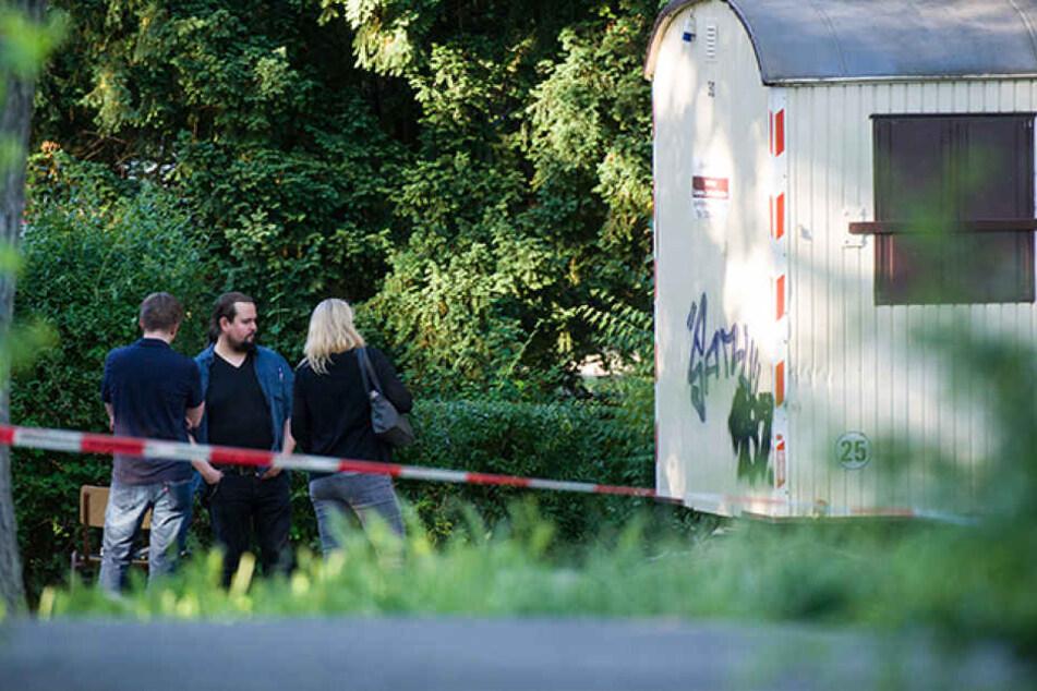 Bei einem tragischen Unglück in Berlin-Tempelhof ist ein 63-jähriger Mann gestorben.
