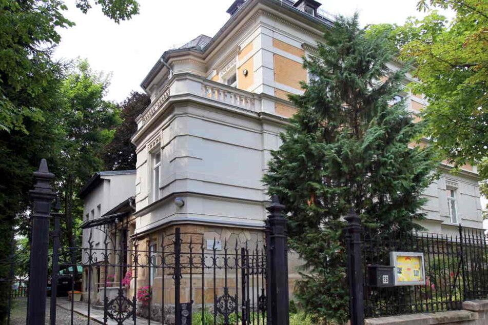 2011 wurde das Aus für das Haus der Familie beschlossen. Seit Januar 2015  steht es leer.