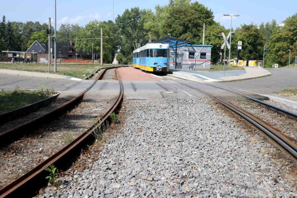 Die Straßenbahnlinie 2 stellt am Montag ihren Betrieb zwischen Bernsdorf und City ein.