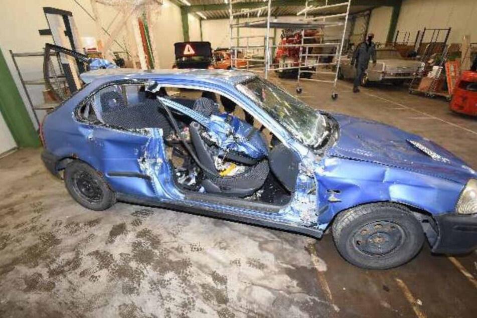 Kaum zu glauben, was in den Seitenverkleidungen dieses Wagens gefunden wurde.