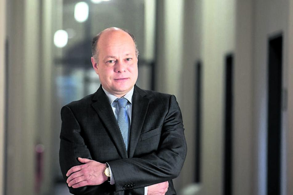 Er jagt mit seinen Männern die Knarren-Lady: Kripo-Dezernatsleiter Olaf Richter (50).