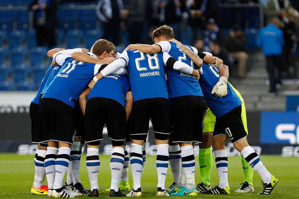 Geschlossen und als Team will der DSC am Sonntag gegen St. Pauli auftreten.