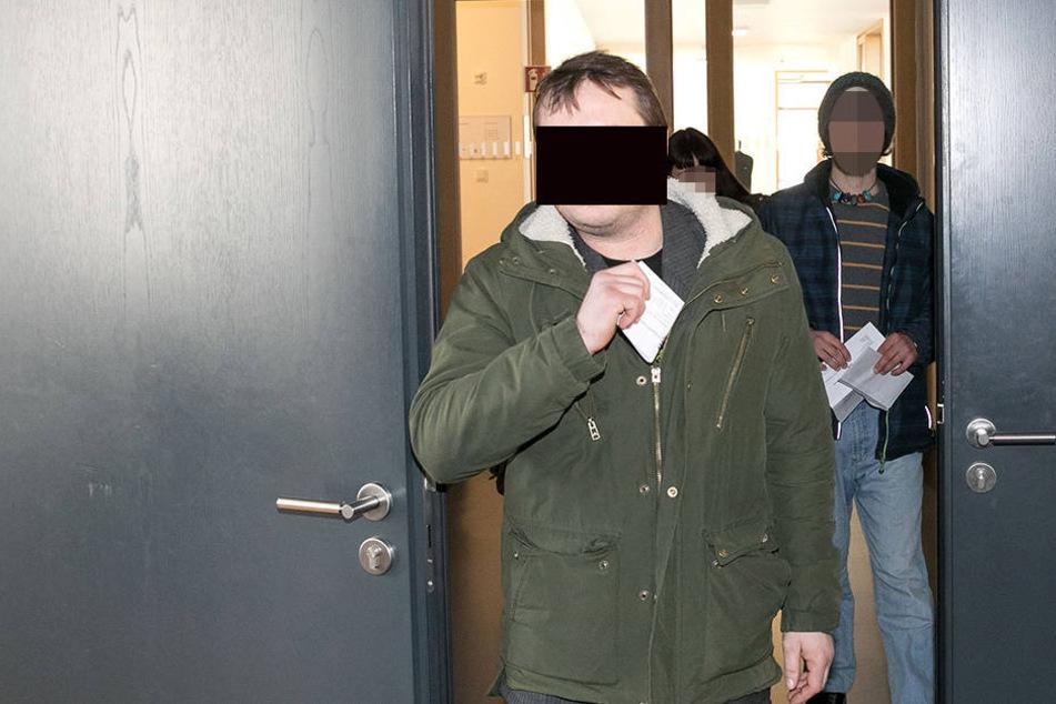 Steve G. (32) am Dresdner Amtsgericht