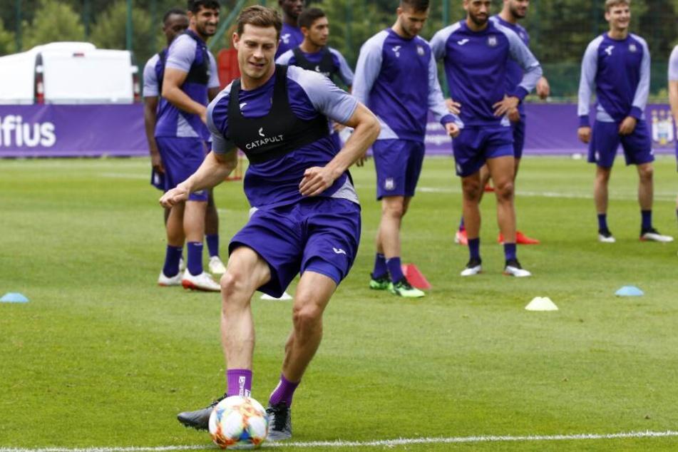 James Lawrence spielte bis vor kurzem beim RSC Anderlecht.