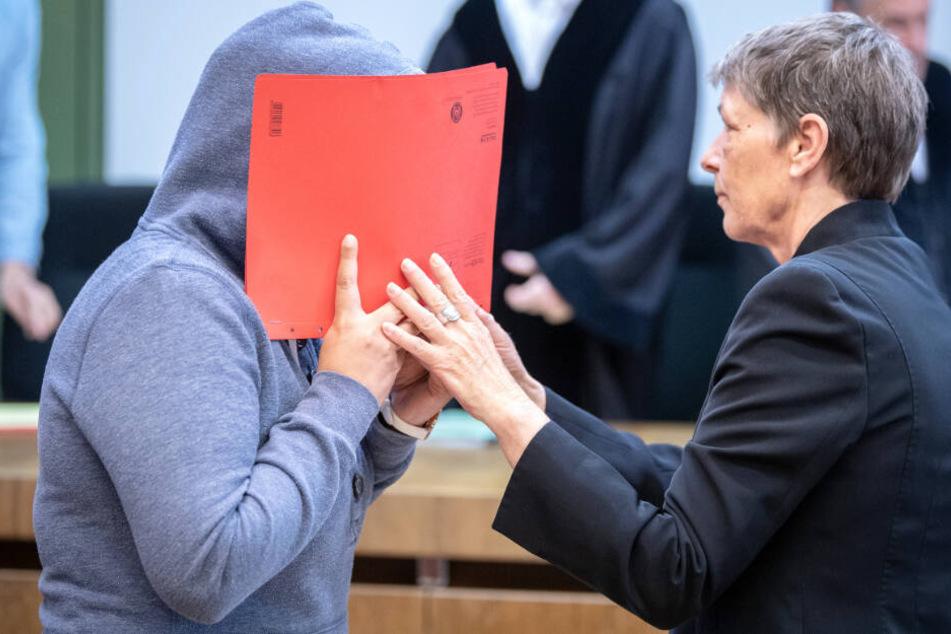 Eine 44 Jahre alte Frau muss sich in München vor Gericht verantworten.