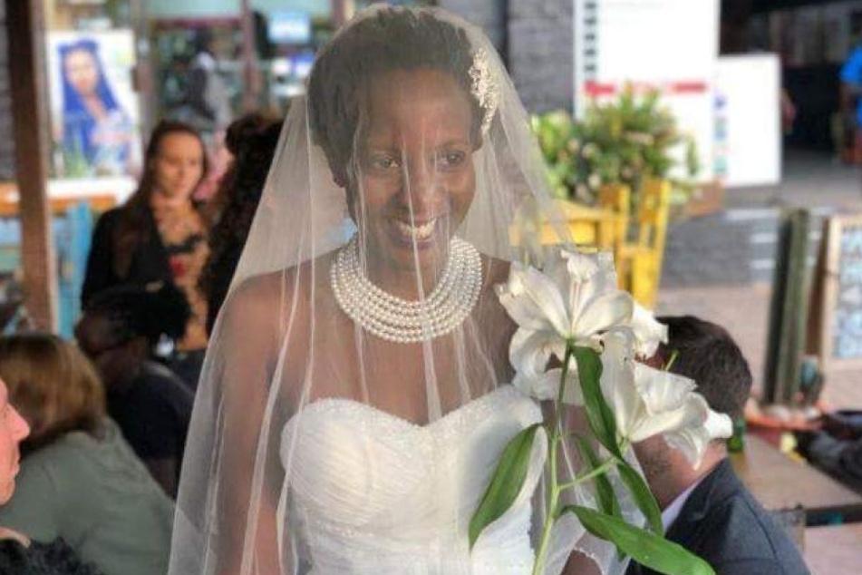 Lulu Jemimah heiratete sich einfach selbst.