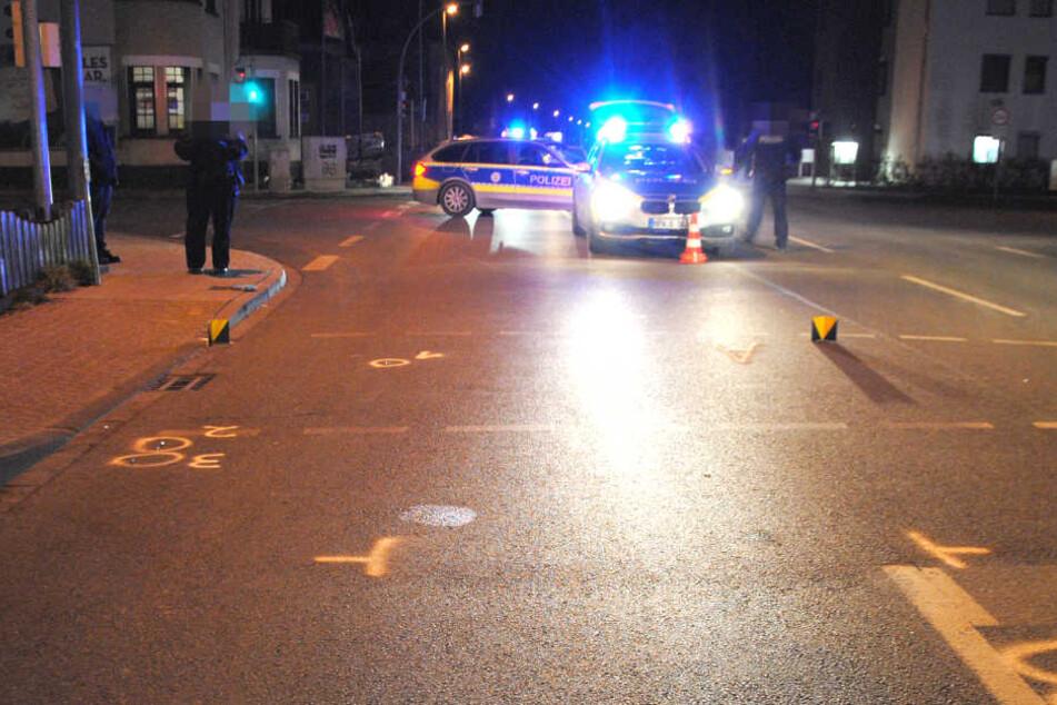 Auf dieser Kreuzung traf ein Renault Megane den Fußgänger.