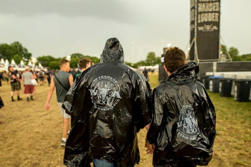 Die Wacken-Besucher mussten das Festivalgelände aufgrund des Unwetters verlassen.