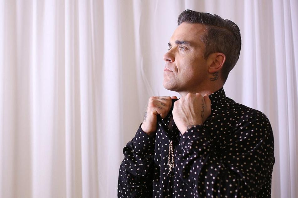 Robbie Williams' Stiefmutter hat seinen Vater gegen einen Jüngeren eingetauscht.