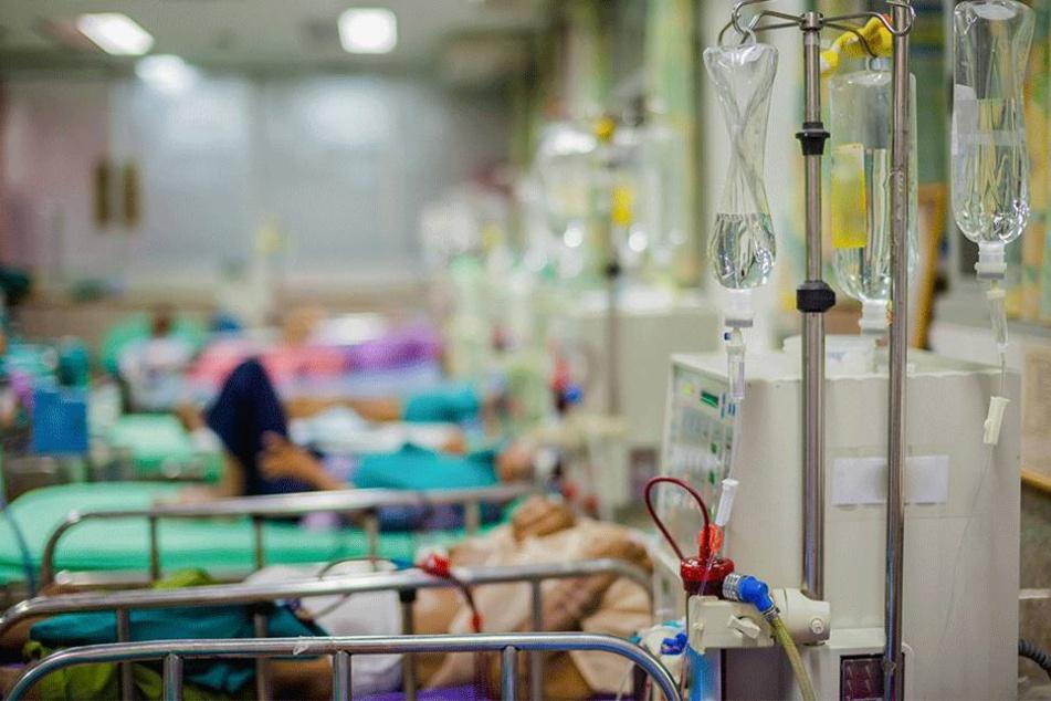 88 Menschen kamen ins Krankenhaus (Symbolbild).