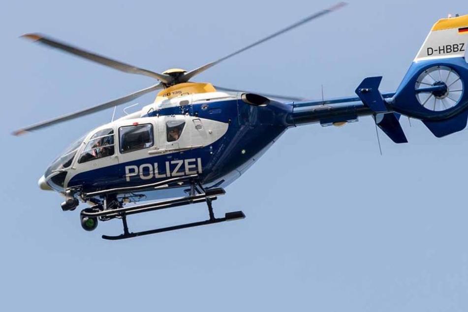 Mit einem Großaufgebot war die Polizei heute in Esslingen unterwegs. Dabei gingen ihnen zwei der drei in Zwiefalten geflüchteten Straftäter ins Netz.