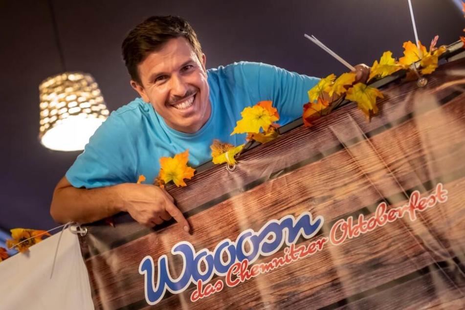 """Veranstalter Henrik Bonesky (41) eröffnet heute die """"Wooosn"""" mit dem traditionellen Fassbieranstich."""
