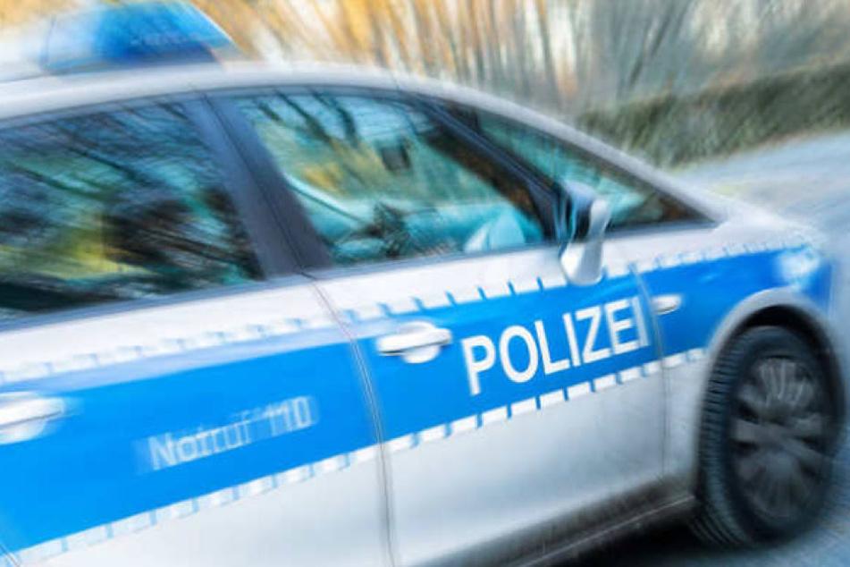 Die Polizei nahm den 28-Jährigen vorläufig fest. Der torkelte und lallte. (Symbolbild)