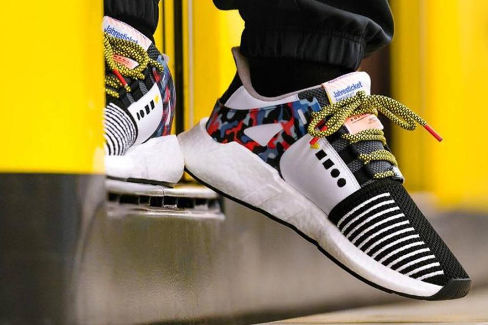 Letzte Chance! Hier gibt es noch zwei der begehrten BVG-Sneaker