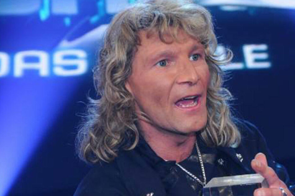 """Der Schweizer Raben-Magier Vincent Raven (50) wurde durch die Show """"The Next Uri Geller"""" berühmt."""