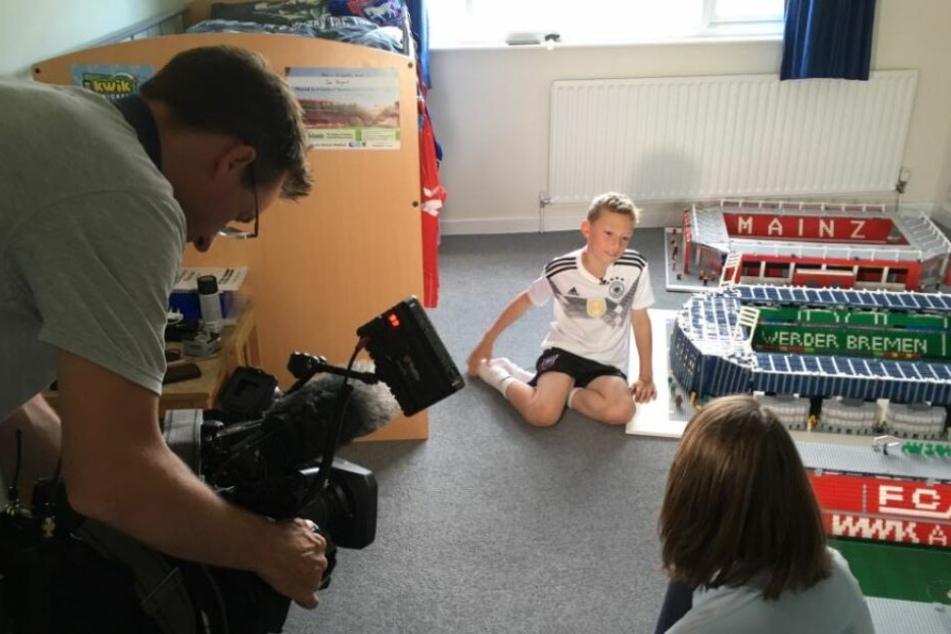 Lego-Wahnsinn! Dieser Bundesliga-Fan baut die deutschen Stadien nach