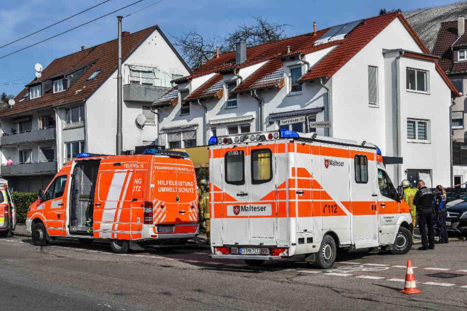 Einsatzkräfte am Montag in Esslingen.