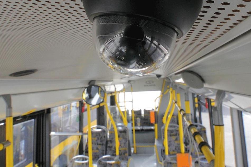 DVB-Vorstand Lars Seiffert setzt auf Videoüberwachung in Bus und Bahn.