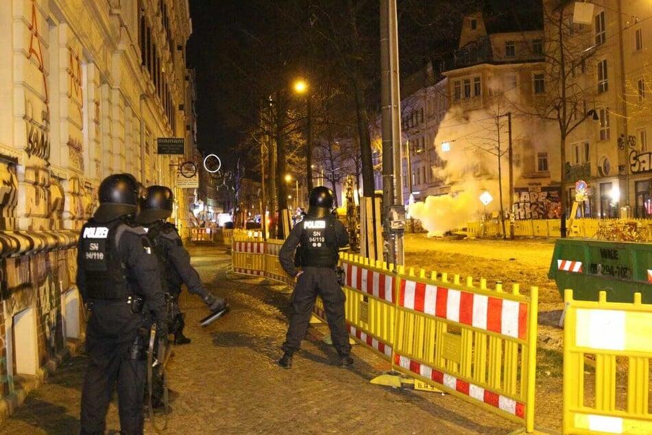 Die Polizei versuchte, die erhitzten Gemüter zu beruhigen.