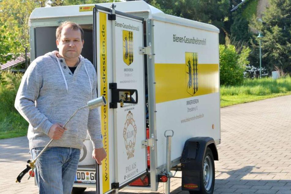 Tino Lorz vom Imkerverein Dresden.