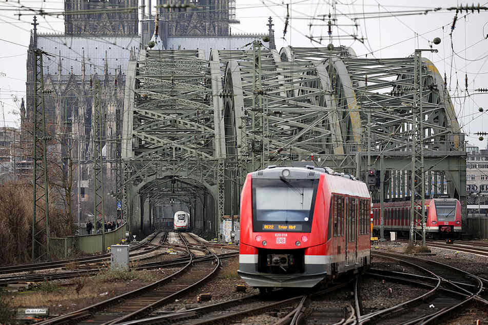 Die Züge fahren ab Montag wieder weitestgehend im normalen Fahrplan.