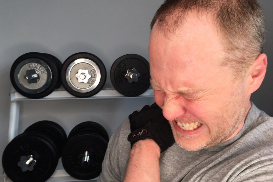 Schmerz lass nach! Mitten im Training tat's plötzlich weh.
