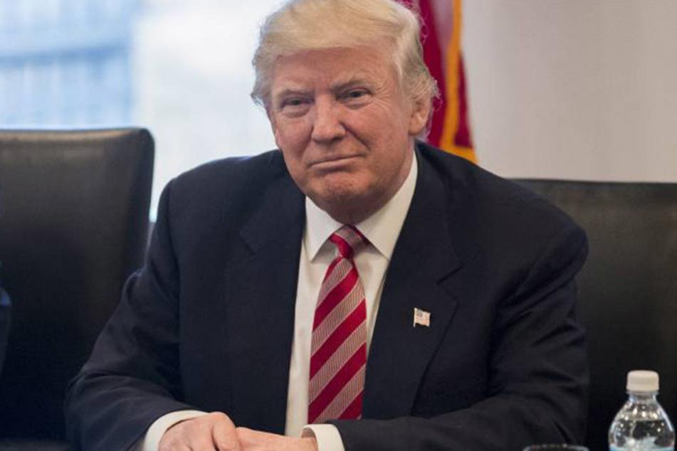 """Donald Trump spricht von einer """"politischen Hexenjagd""""."""