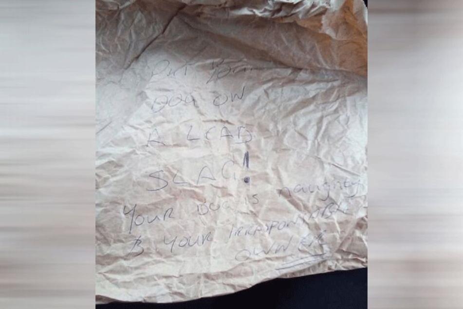 Diesen zerknüllten Zettel fand Grace Robertshaw an ihrem Wagen.