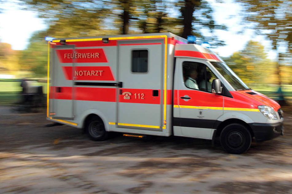 In Thüringen wurde ein Mann in seiner Wohnung attackiert.