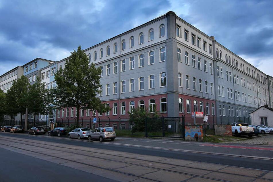 In der Asylunterkunft an der Hamburger Straße hat es in der Nacht zum Donnerstag eine Auseinandersetzung zwischen zwei Asylbewerbern gegeben.