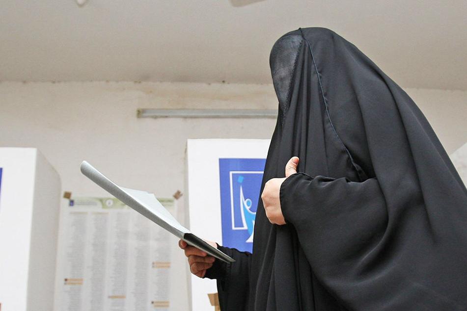 In Afghanistan sollen mehrere Fußballspielerinnen von Funktionären missbraucht worden sein. Symbolbild