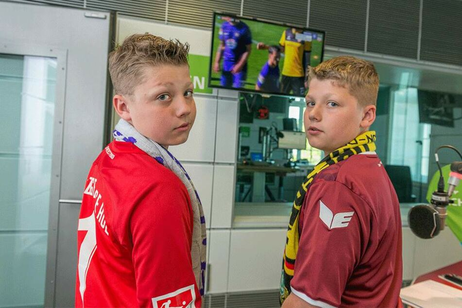 Aue-Fan Hannes (l.) und sein Bruder Till, der Dynamo liebt.