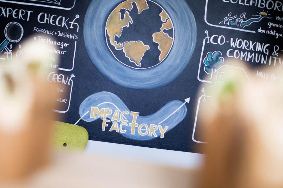 Die Impact Factory unterstützt Start-ups, die soziale, gesellschaftliche oder ökologische Probleme mit unternehmerischen Mitteln lösen wollen.