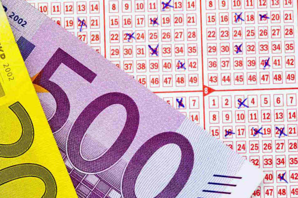 Der Gewinner aus Bautzen darf sich über 6,8 Millionen Euro freuen. Doch von ihm - oder ihr - fehlt jede Spur.