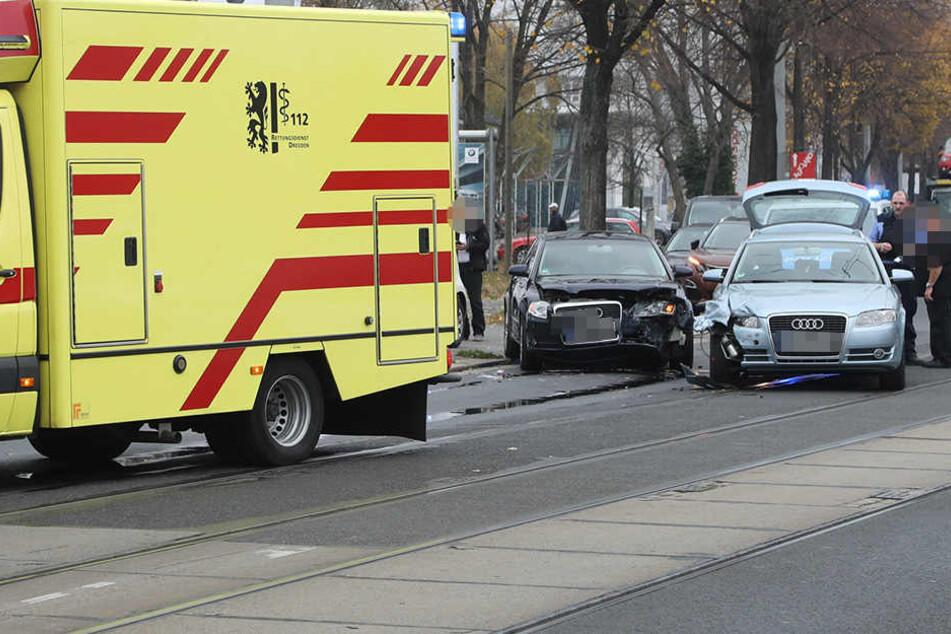 Die beiden Audi stießen auf Höhe des BMW-Autohauses zusammen.