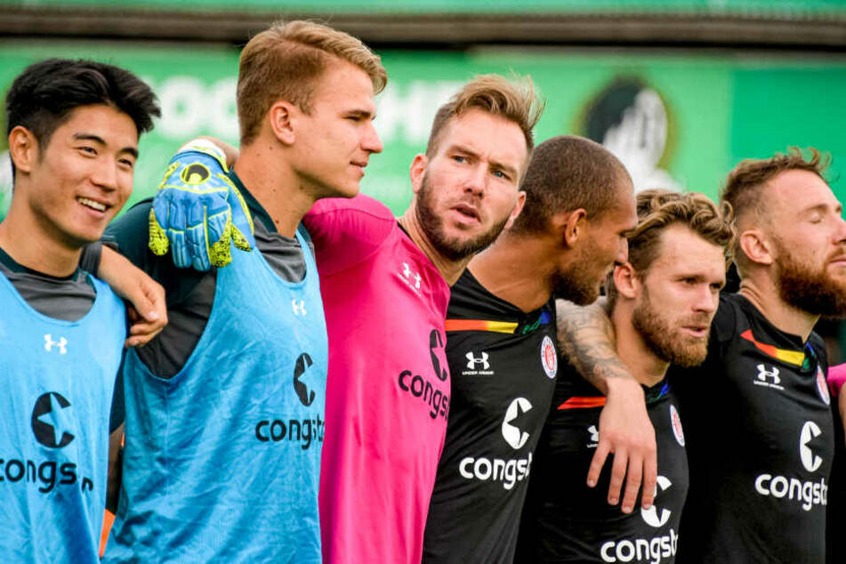 Die Mannschaft demonstrierte in Lübeck Zusammenhalt.