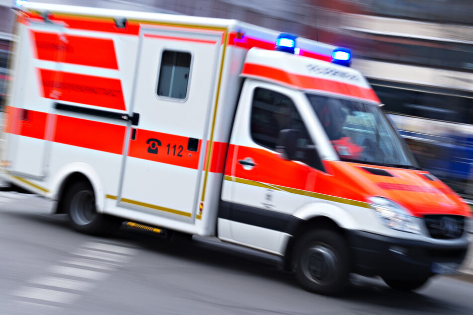 Unfall in München: Frau (19) von Auto erfasst und schwer verletzt