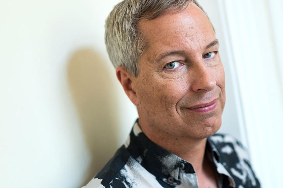 Der 54-Jährige hatte seinen ersten Stand-up-Comedy-Club 1992 in Hamburg eröffnet.