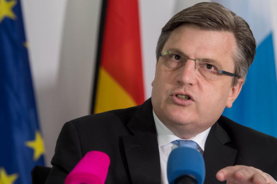Winfried Bauback (CSU) fordert eine klare Linie bei der Strafverfolgung im Ausland.