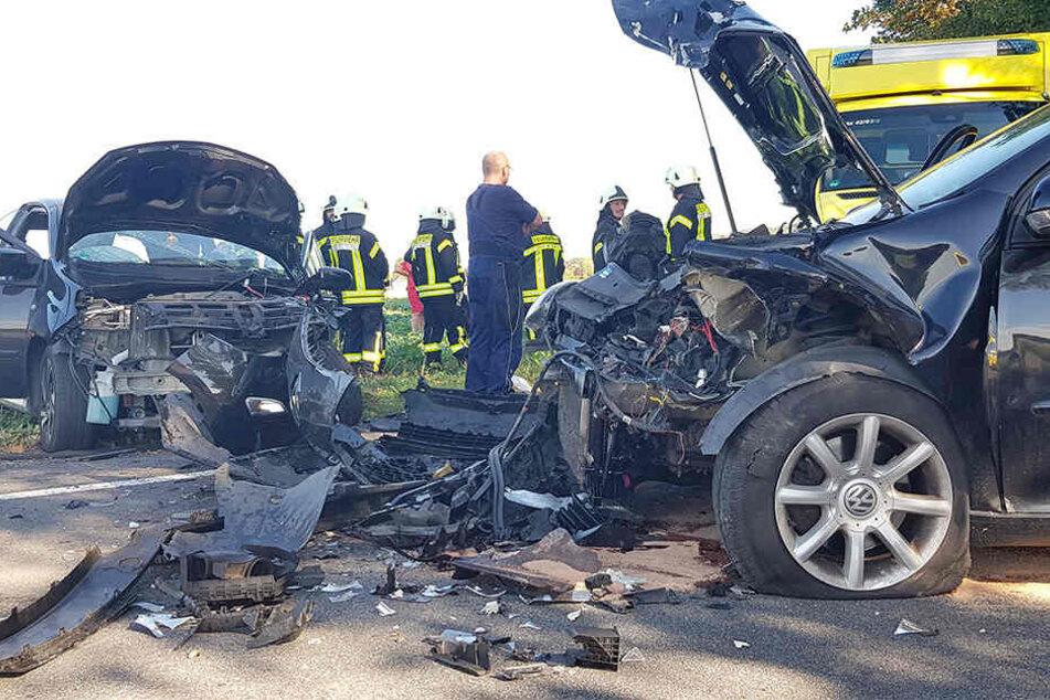 Die K7257 zwischen Katschwitz und Weißnaußlitz wurde nach dem Crash voll gesperrt.