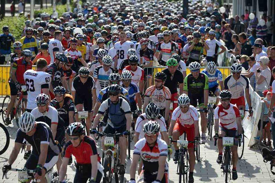 Radfahrer, wohin man sieht: Die Deutschen Straßen-Radmeisterschaften haben beim Chemnitzer Nachwuchs Eindruck gemacht.