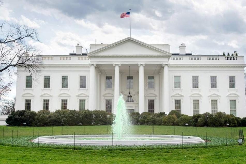 Präsident Donald Trump befand sich zu der Zeit im Gebäude.
