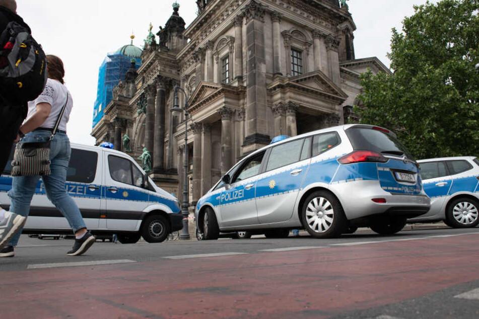 Der Angreifer aus dem Berliner Dom soll an ansteckenden Krankheiten leiden.